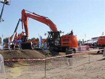 EXCAVATOR 22.0T HITACHI - CABIN - STEEL TRACK for hire in Sydney from Complete Hire